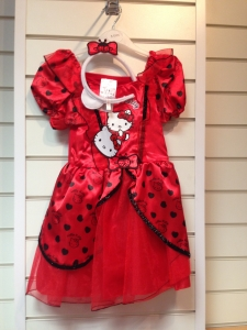 This pretty Red Ladybird / Ladybug Costume comes with a red layered dress with Hello Kitty picture and matching headband.